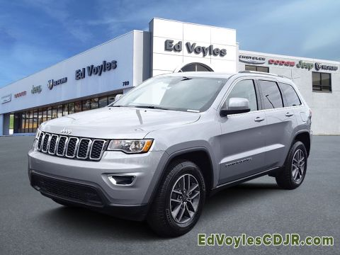 New 2019 JEEP Grand Cherokee Laredo