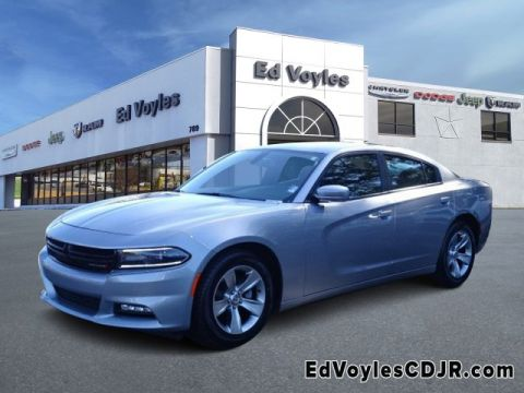 Certified Pre-Owned 2018 Dodge Charger SXT Plus