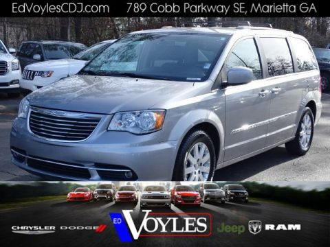 certified pre owned 2016 chrysler town country touring mini van passenger in marietta. Black Bedroom Furniture Sets. Home Design Ideas