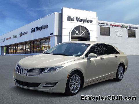 Pre-Owned 2015 Lincoln MKZ Base